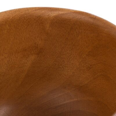 wooden-bowl-with-legs-04-amara