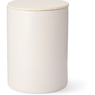 captive-cuir-scented-candle-240g-46128359903002255