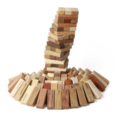 el-bosque-stacking-tower-game